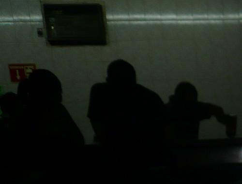 Beberemos entre las sombras (El Mutualista)