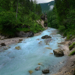 Glacial milk of the Wimbach river (Bn) Tags: iceage river germany bavaria riverbed gorge slotcanyon rivertrail ramsau greenmoss brechtesgaden rockflour wimbachklamm wimbachtal glacialrunoff riverwild glacialmilk waterfallhiking berchtesgadenalps theblueriver wimbachravine nationalparkofberchtesgaden 3hourshikingtowimbachgrieshtte bluewhitewatercolour iceagebasins wimbachklammgorge wimbachriver wimbachvalley rockysides riverpoundingdown