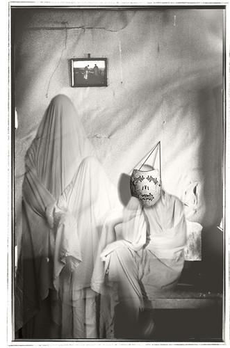 Hallowe'en #4 - Halloween greeting cards by bindlegrim aka Robert Aaron Wiley  (2004)