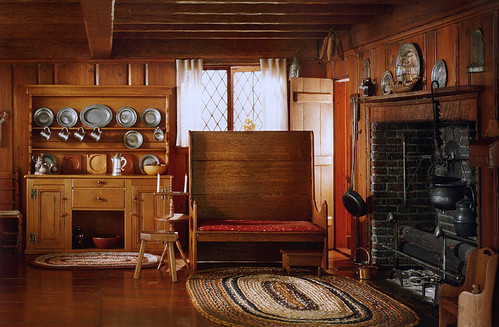 c. 1700 Mass. living room
