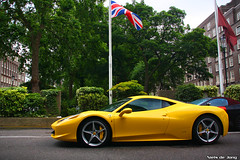 Ferrari 458 Italia (Niels de Jong) Tags: auto park black slr london tower car yellow canon eos hotel interesting italia sigma commons s ferrari explore giallo arab mclaren modena sheraton popular 18200 matte exotics supercars combo roadster arabs 722 458 explored f458 nielsdejong autogespot 1000d 722s giallomodena ndjmedia