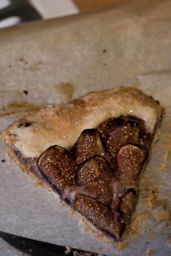 slice of fig tart