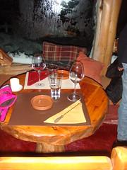 Mesa onde sentamos.