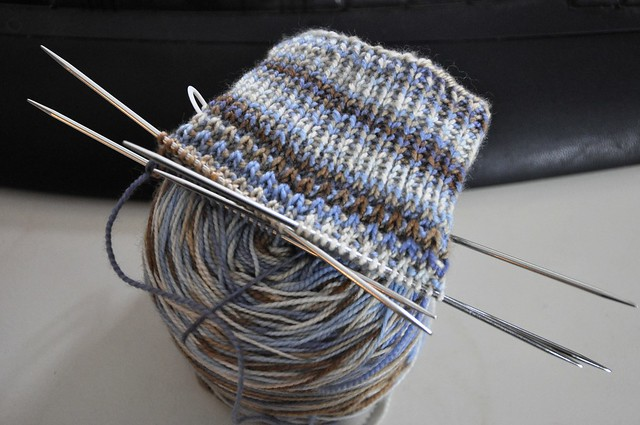 Facedted rib socks-first cuff