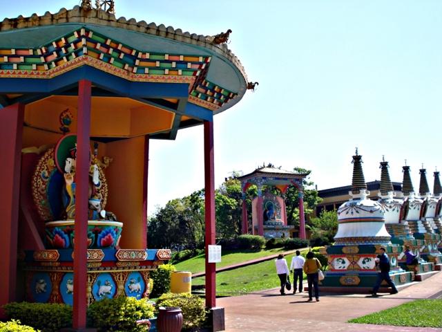 5037240101 d4df1ae032 o O que fazer em Gramado   Que tal conhecer o Tibet?