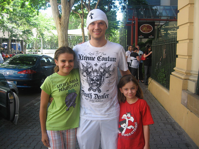Danielle and Chloe with nick Carter