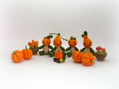 Pumpkins galore (MUFFA Miniatures) Tags: halloween miniature doll handmade jackolantern oneofakind ooak pumpkins crochet spooky amigurumi dollhouse pumpkinspatch muffaminiatures threadminiatureanimals threadminiaturebears
