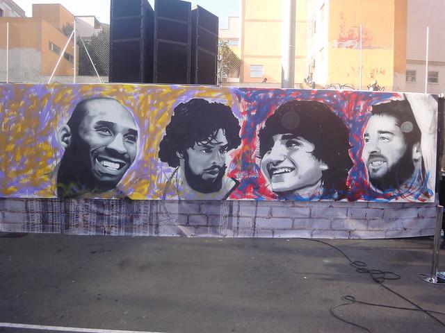 Graffiti de Kobe Bryant , Pau Gasol, Navarro y Ricky Rubio