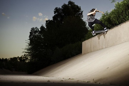 Kyle Back 180 Nose Grind Small