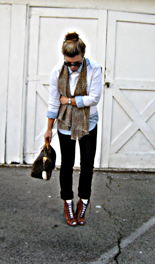 lace up boots and socks+leopard scarf+louis vuitton bag+street style