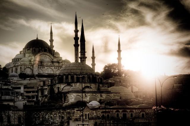 Süleymaniye and Rustem Pasa Mosques - Istanbul, Turkey