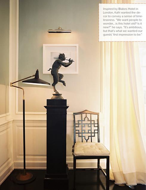 Narnia Statue