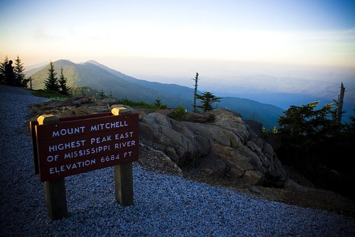 Mount Mitchell (by: Kolin Toney, creative commons license)