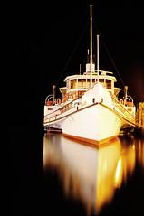 Float on Black sea (Lollo (:) Tags: sea black del lago garda barca riva float riflesso tutto scorre abigfave riflettere abigfive galeggiare