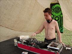 Alan Droid (TatiStock) Tags: festival dj acampamento curitiba 2009 emusic tandava musicaeletronica