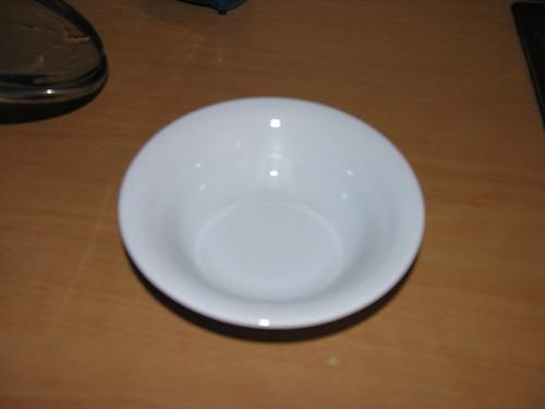 Kell púpos tányér