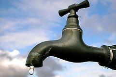 3334356076_a539ee64c2suministro-de-agua