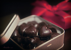 Love in a tin box... 169 : 365 (Hirundo.Gen) Tags: red food love heart sweet bokeh box chocolate valentine gift 365