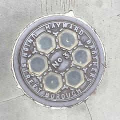 HAYWARD BROTHERS  No3 ILLUMINATING COALPLATE BELGRAVE ROAD PIMLICO (xxxxheyjoexxxx) Tags: coalplate coal plate iron shute vintage cover opercula plates coalplates lid lettering foundry london pimlico