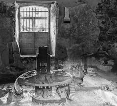 Moulin a l'abandon (vincentmk photos) Tags: canon 760d 24mm28 3200iso