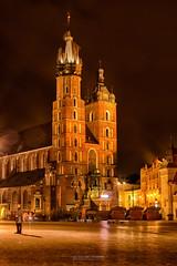 Mariacka (Luis Sousa Lobo) Tags: img1316 bazylika mariacka poland polónia krakow cracóvia night basílica santa maria canon 70d cityscape noite