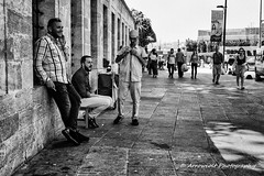 Street 296 (`ARroWCoLT) Tags: mirrorless streetphotography sokak people blackwhite bw art insan human arrowcolt monochrome bnwdemand bnwpeople bnw bnwstreet ishootpeople blackandwhite outdoor portrait streetportrait nx300 30mm primelens friends wall duvar sidewalk kaldırım