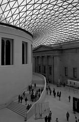 the magificent british museum atrium (booyaa) Tags: london museum canon eos is british usm britishmuseum 1785mm efs 50d f456 canonefs1785mmf456isusm canoneos50d fotoflickr
