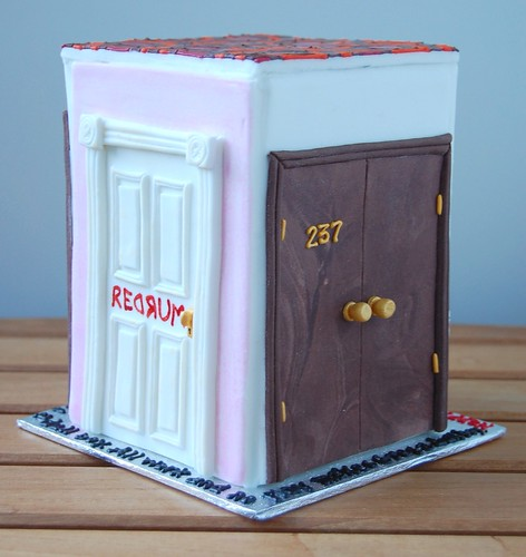 The doors of The Shining cake - REDRUM & Room 237