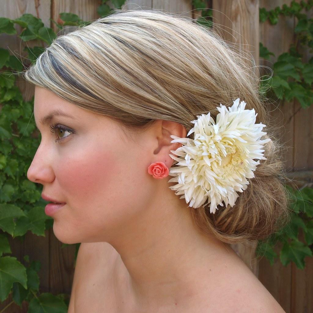 the bloom - Gerber Daisy Silk Hair Flower Clip