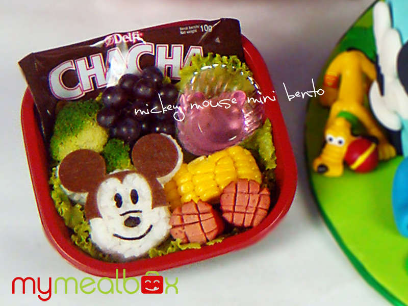 Mickey Mouse mini bento