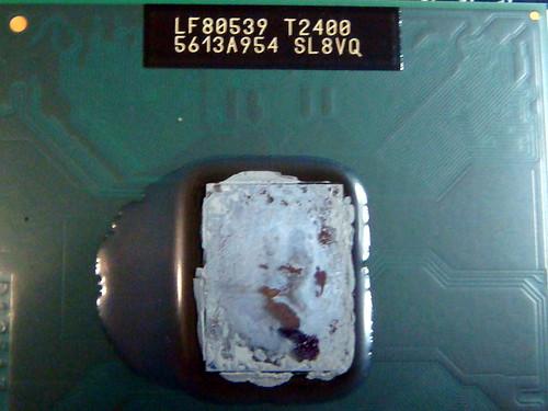 Asus W7J—已經乾掉的 CPU 散熱膏