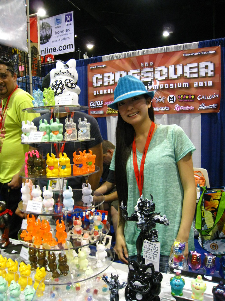 Global Figure Symposium Crossover SDCC 2010