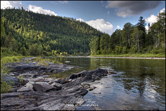Savourez la Matapdia! (Guylaine Begin) Tags: canada reflection nature forest river landscape rivire explore reflet qubec 100 paysage 85 1500 hdr fort 136 gaspsie thevalley lavalle matapdia 1525 valledelamatapdia hdrtonemapped rivirematapdia matapediariver routierville valleyofmatapedia