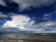(turgidson) Tags: ireland sea sky irish beach clouds studio lens four lumix raw day cloudy g kitlens panasonic filter developer micro pro g1 kit polarizer wicklow asph bray dmc mega thirds converter irishsea ois polariser vario m43 speir silkypix 1445mm f3556 scamall 41300 microfourthirds panasoniclumixdmcg1 panasonicg1 panasoniclumixgvario1445mmf3556asphois hfs014045 silkypixdeveloperstudiopro41300 p1150322
