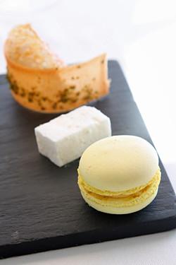 lemon macaron, marshmallow, tuiles