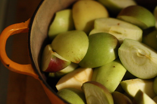 pot o' apples