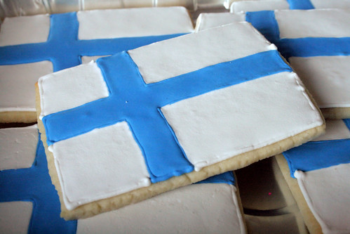 Finnish Flag cookies for Marissa.