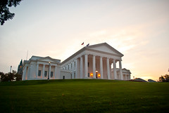 Virginia Capitol Building (Ty Johnson Photography) Tags: city morning light sky usa sun white building green architecture photography virginia nikon warm state outdoor landmark richmond historic capitol 1855mm rva pilars d90