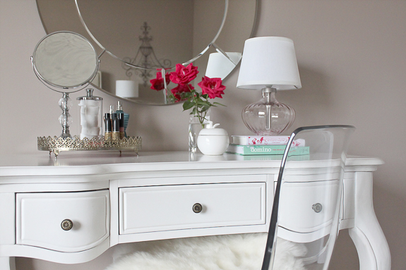 Just bella my house all dressed up sources dressingtable06 aloadofball Choice Image