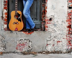 Bench Monday: Gibson Dove Edition (Studio d'Xavier) Tags: musician nashville guitar country 8x10 singer gibson countrymusic cowboyboots hbm gibsondove katieknight benchmonday happybenchmonday