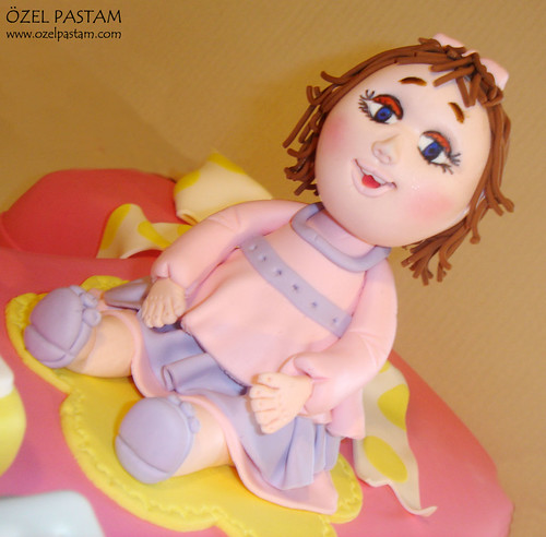 Zeynep Duru'nun 1 Yaş Pastası
