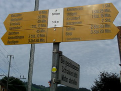 Wegweiser Seftigen (BE - 578m) , Kanton Bern , Schweiz (chrchr_75) Tags: del schweiz switzerland site suisse map hiking swiss plan du trail bern christoph svizzera mappa berne wandern berner chemin sito 1009 weg berna hikingtrail wanderung tafel wanderweg wegweiser suissa markierung standort kanton chrigu wanderwege kantonbern brn wanderwegweiser burgistein mhlethurnen chrchr hurni grbetal chrchr75 chriguhurni seftigen wanderwegmarkierung bernerwanderwege standorttafel sidkarta sivustokartta albumstandorttafelsammlung albumbernerwegweiser pedstre wegzeit thurnen