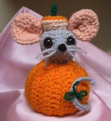 Punkin' Mousie (Crocheting_in_Georgia) Tags: thanksgiving orange holiday halloween pumpkin mouse crochet gray decoration sit amigurumi crocheted