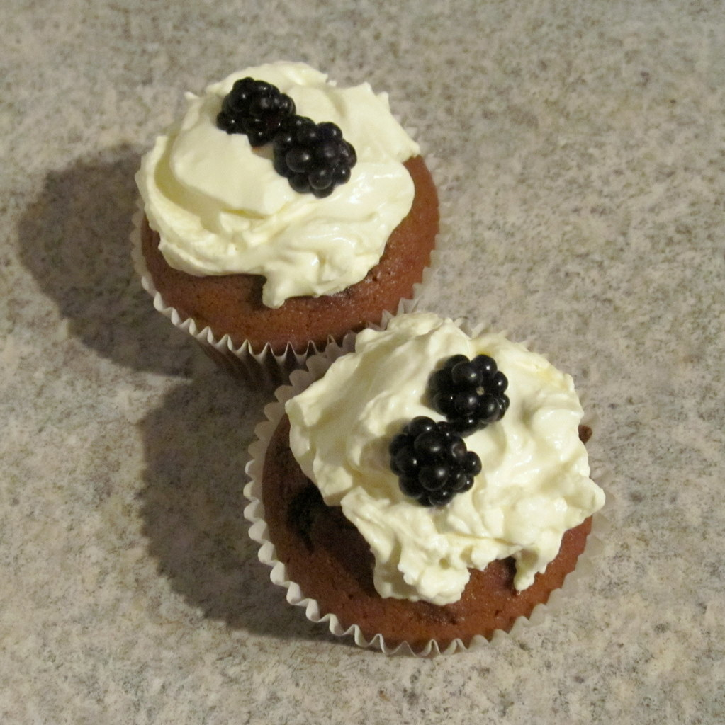 Ginger Molasses Cupcakes – Happy National Cupcake Week ...