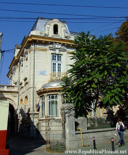 Casa Scarlat Orascu