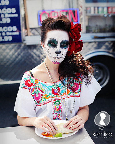 Dia De Los Muertos inspired Photoshoot