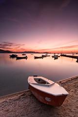 Tierra a la vista (José Andrés Torregrosa) Tags: marina canon atardecer embarcadero barcas marmenor 2010 barada bote joseandres nohdr 40d tokina1116f28