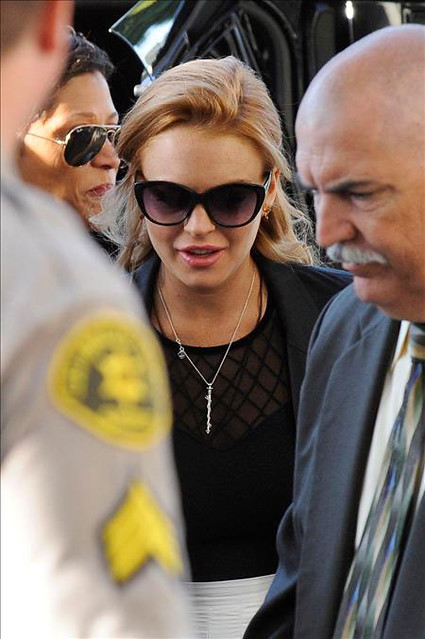 lindsay lohan vuelve a prision by globovision web