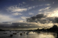 Crepuscular Creep (wetbicycleclappersoup) Tags: clouds boats suffolk dusk hdr woodbridge deben