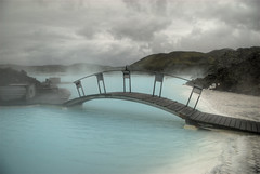 Bridge over Blue Lagoon (wili_hybrid) Tags: bridge mist water fog swimming iceland hills exotic nordic keflavik northern bluelagoon